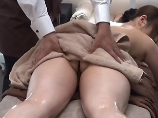 massage japanese Private Oil Massage Salon for Married Woman 1.2 (Censored)
